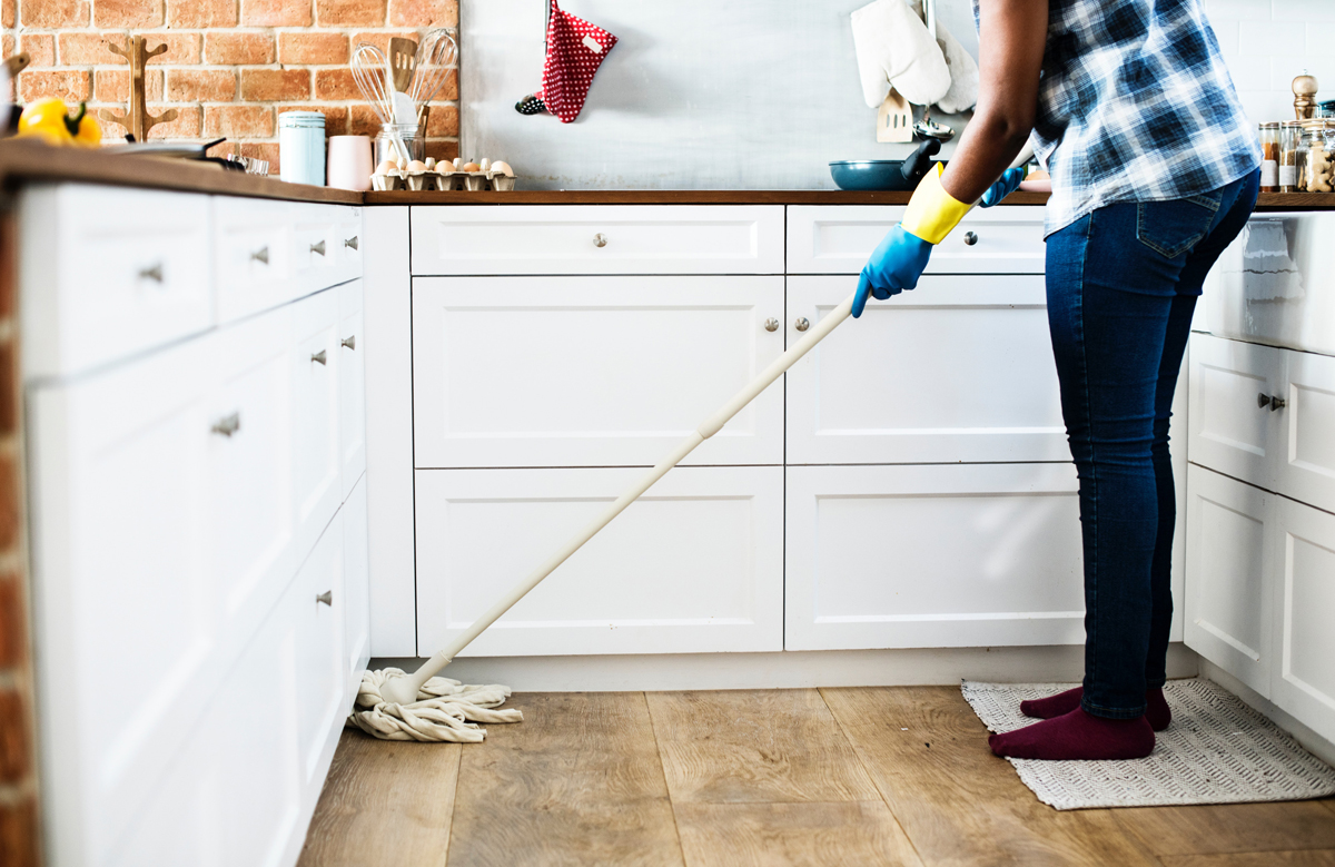 Kitchen mopping